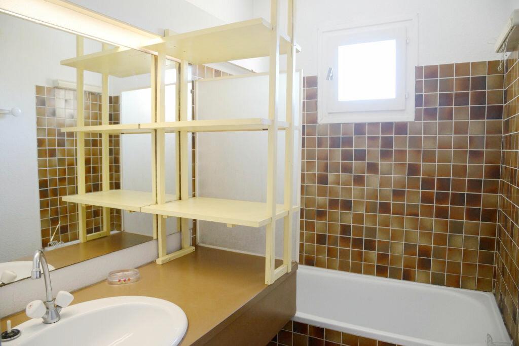 Achat Appartement 3 pièces à Agde - vignette-9