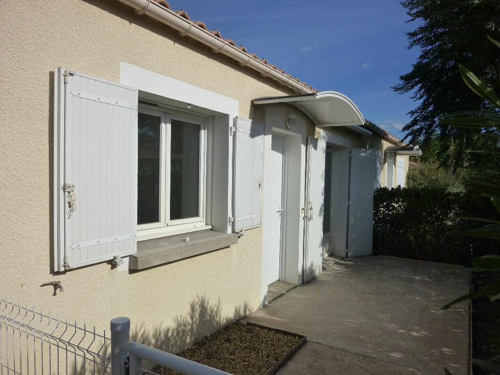 Location Maison 3 pièces à Agde - vignette-1