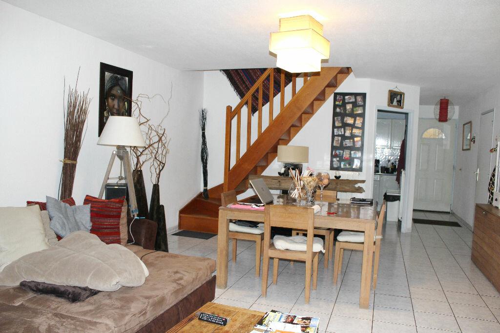 Location Maison 5 pièces à Béziers - vignette-1