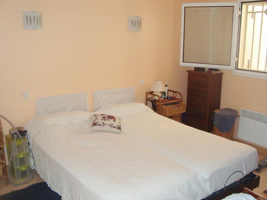 Achat Appartement 4 pièces à Agde - vignette-7