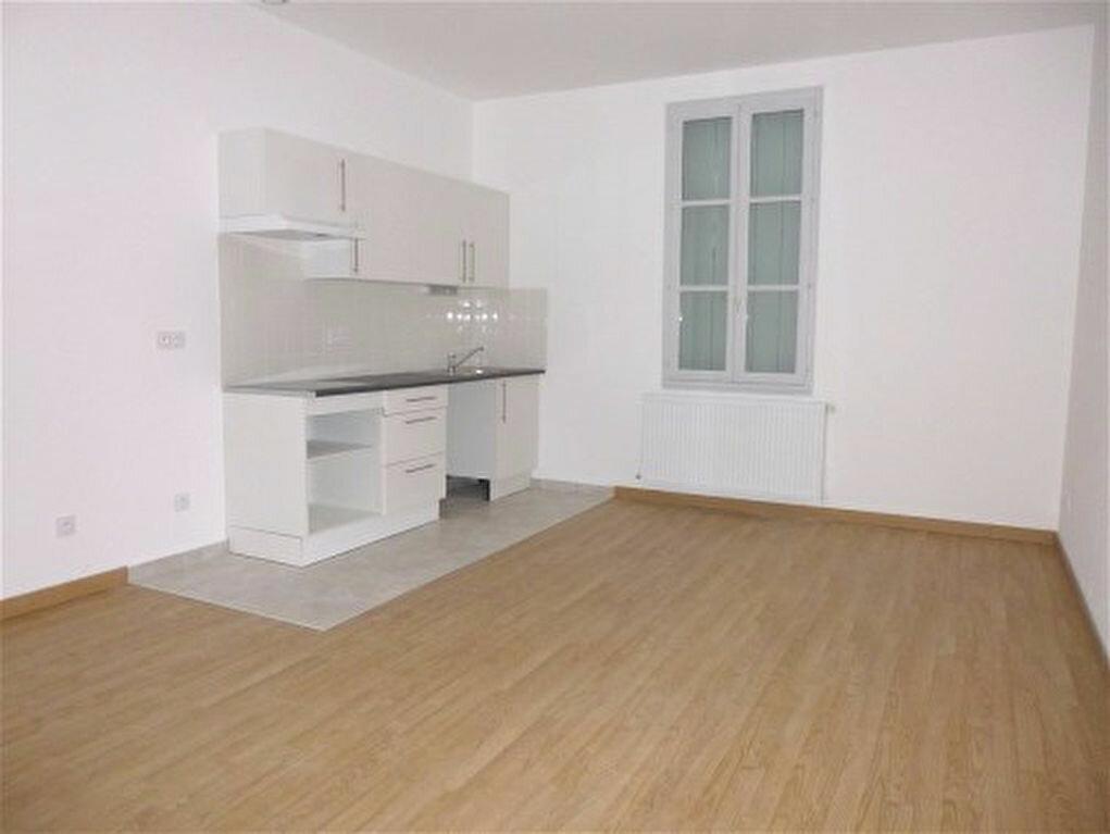 Achat Appartement 2 pièces à Montbazin - vignette-1