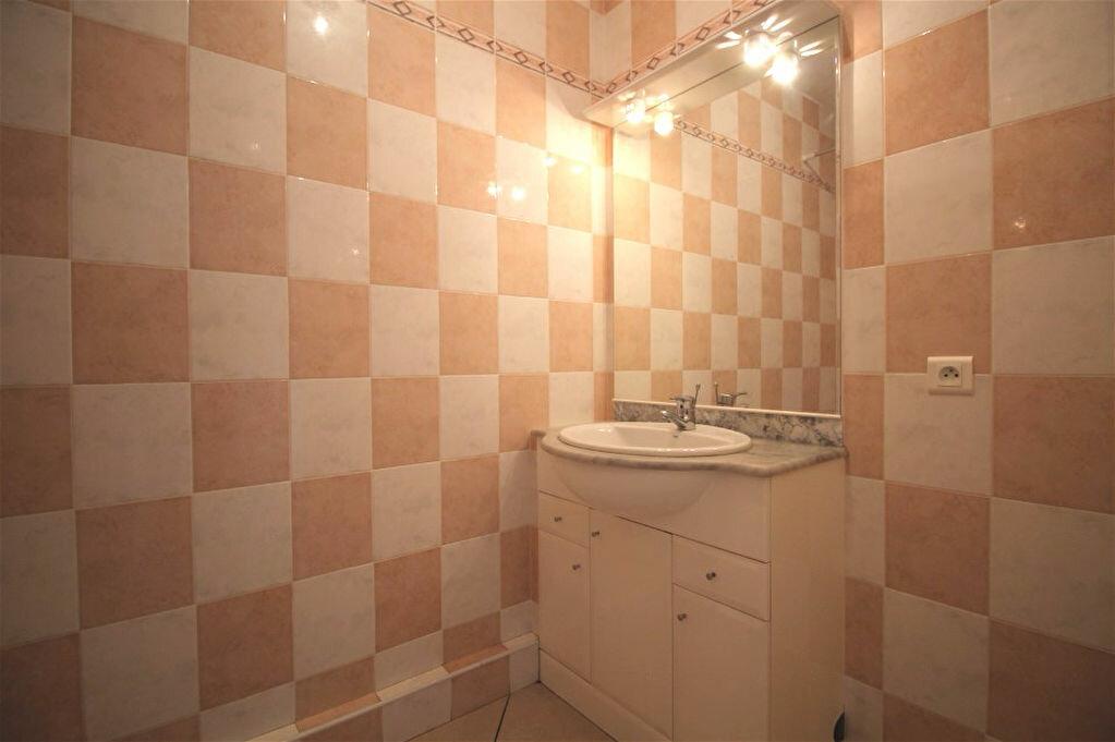 Location Appartement 2 pièces à Gigean - vignette-5