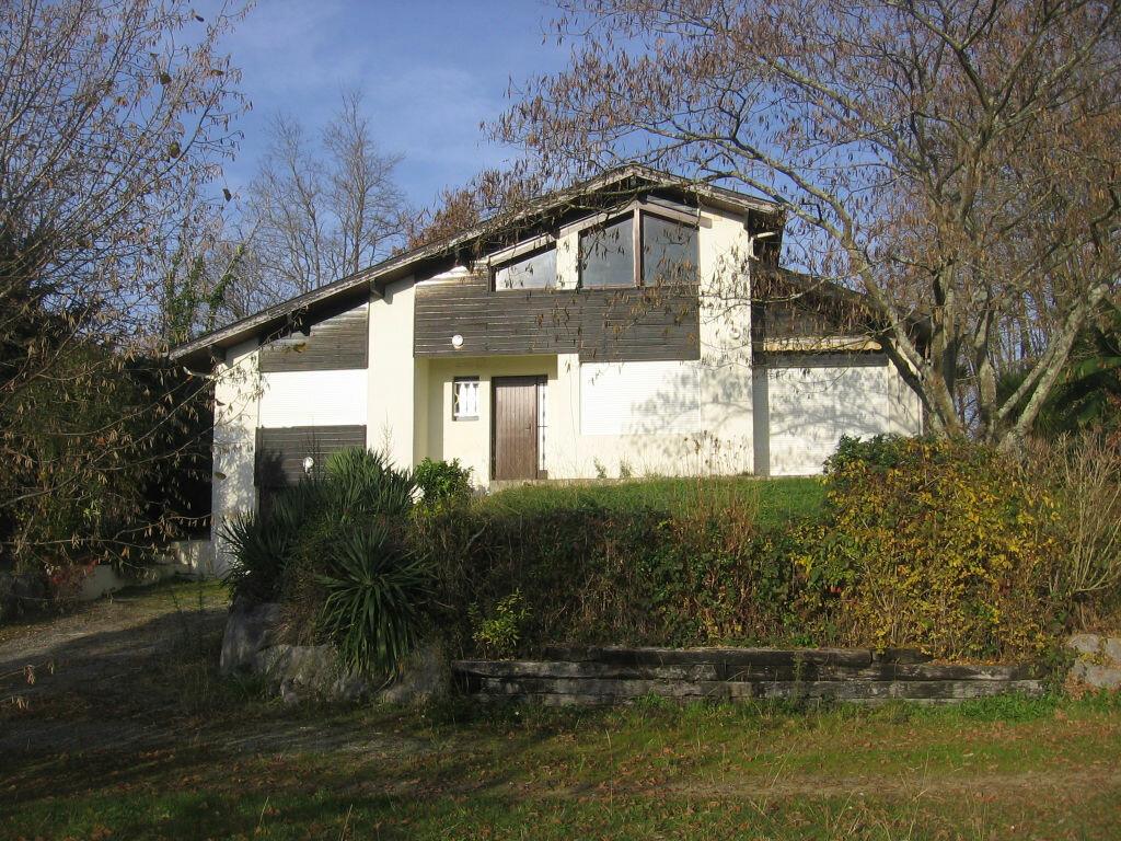 Achat Maison 5 pièces à Bénesse-lès-Dax - vignette-1