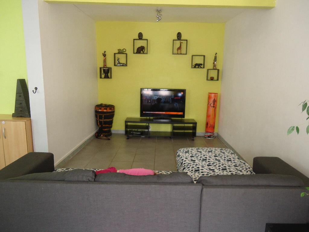 Location Maison 4 pièces à Luxey - vignette-1