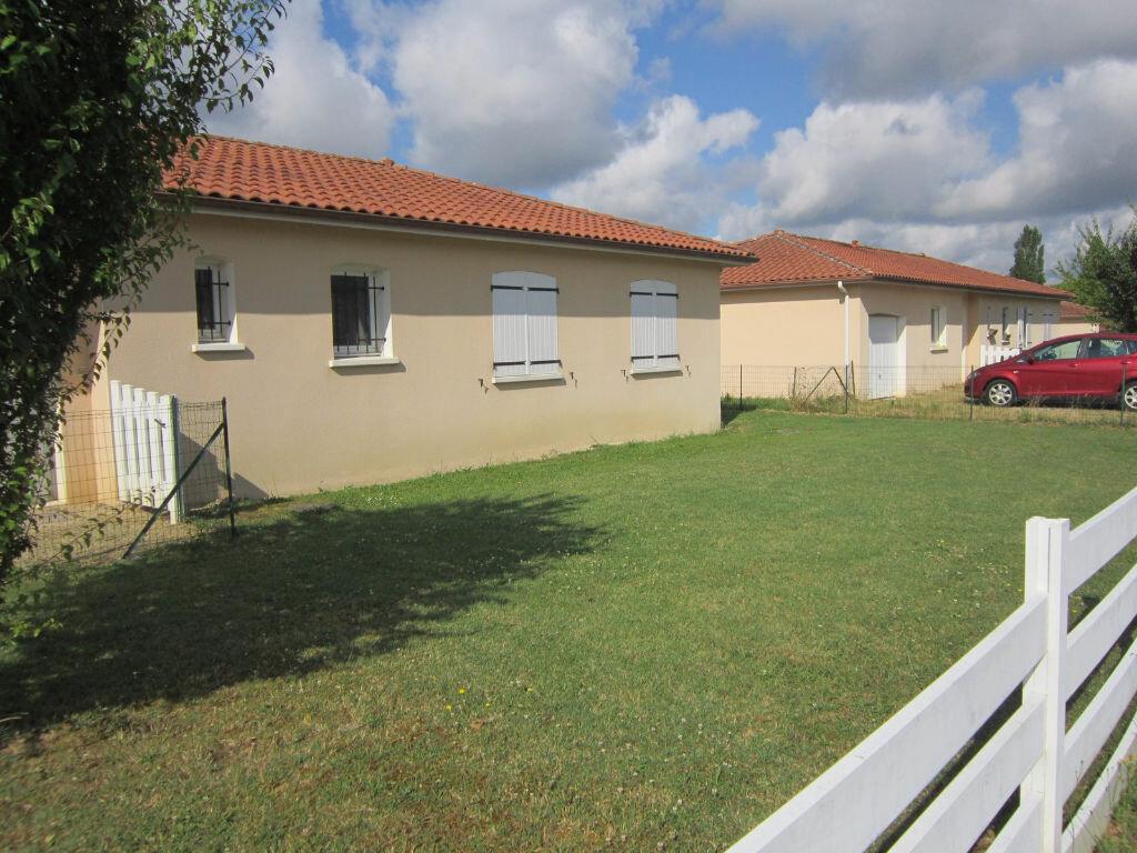 Location Maison 5 pièces à Cazères-sur-l'Adour - vignette-1