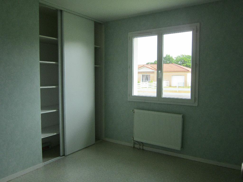 Location Maison 5 pièces à Cazères-sur-l'Adour - vignette-5