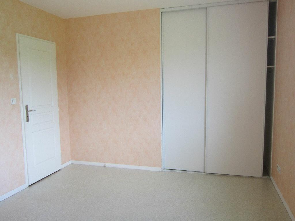 Location Maison 5 pièces à Cazères-sur-l'Adour - vignette-7
