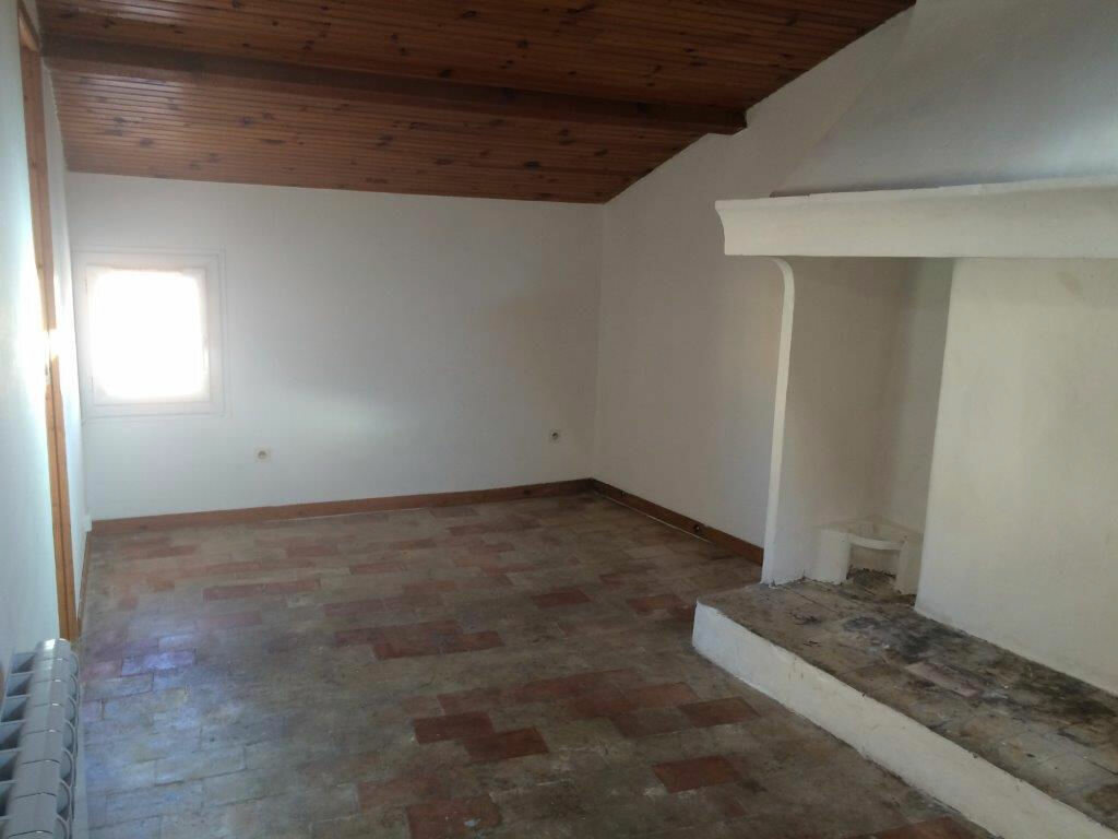 Location Appartement 2 pièces à La Cadière-d'Azur - vignette-1
