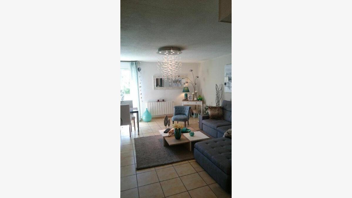 Location Appartement 3 pièces à Le Castellet - vignette-1