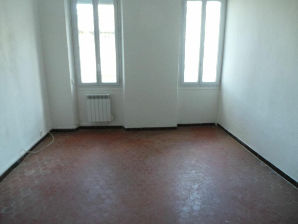 Location Appartement 2 pièces à Toulon - vignette-1