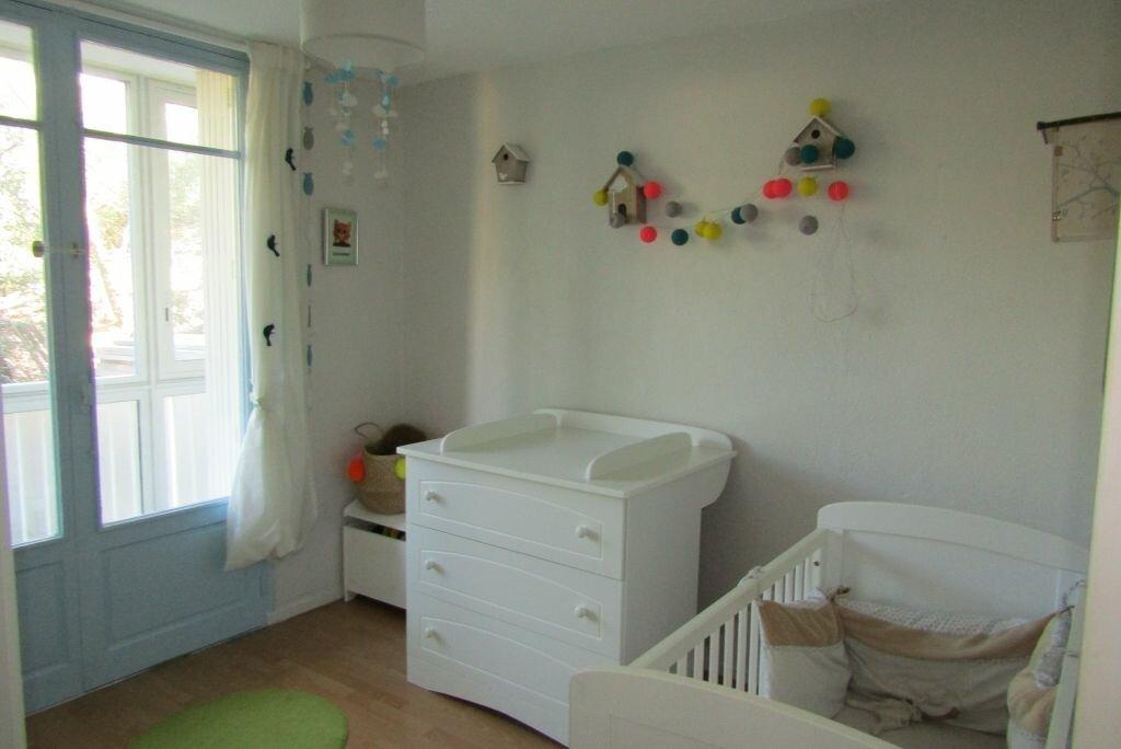 Achat Appartement 4 pièces à Toulon - vignette-6