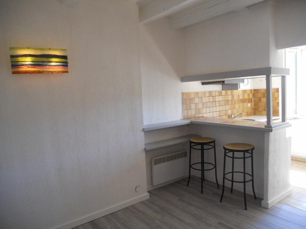 Achat Appartement 1 pièce à Toulon - vignette-6
