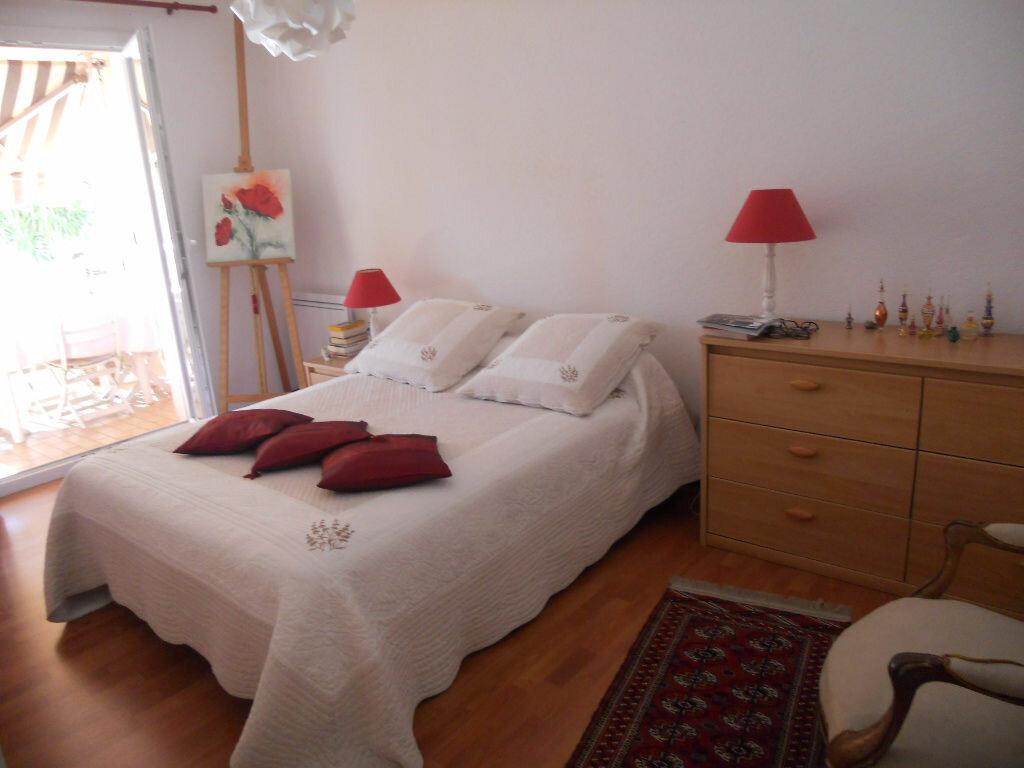 Achat Appartement 4 pièces à Le Revest-les-Eaux - vignette-3