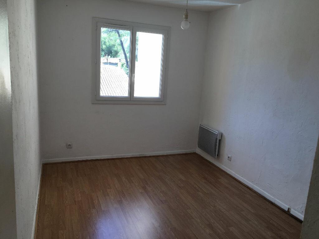 Achat Appartement 4 pièces à Le Revest-les-Eaux - vignette-5