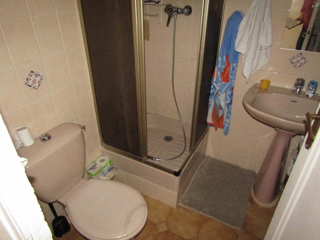 Achat Appartement 2 pièces à Toulon - vignette-4