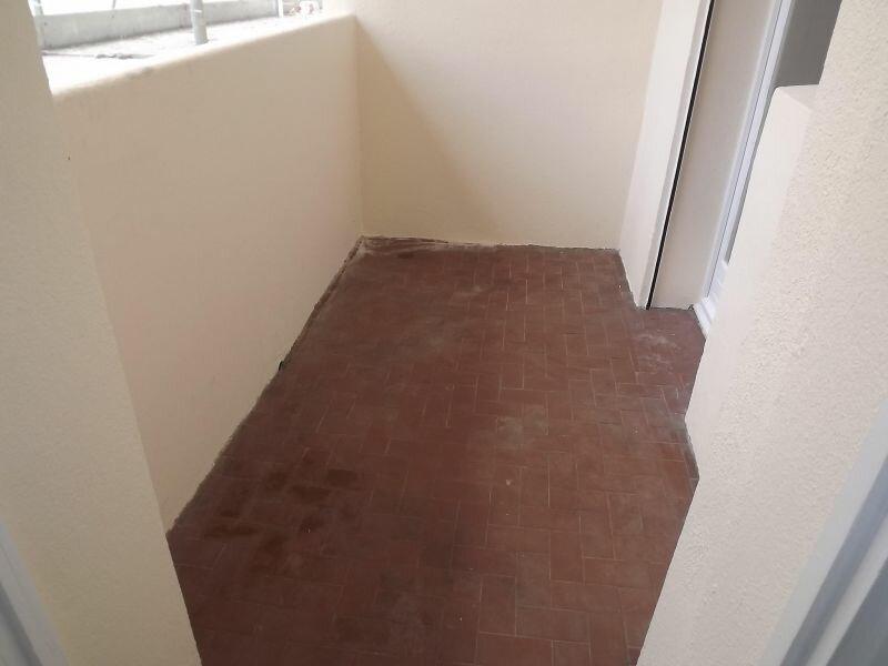 Achat Appartement 1 pièce à Toulon - vignette-2