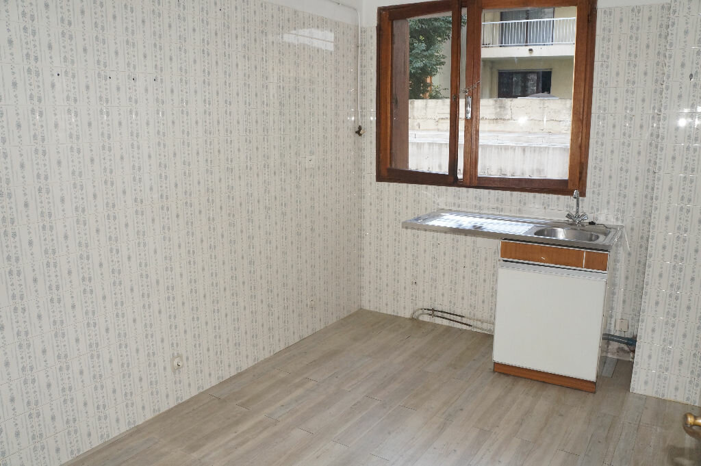 Achat Appartement 3 pièces à Toulon - vignette-5