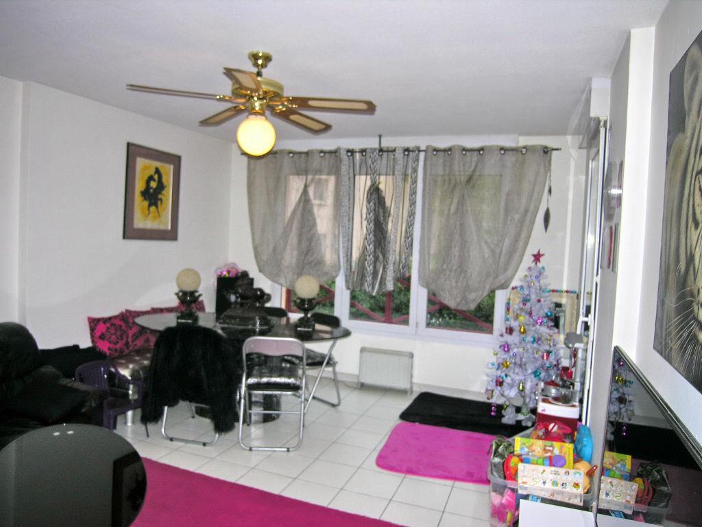 Achat Appartement 2 pièces à Mouans-Sartoux - vignette-1