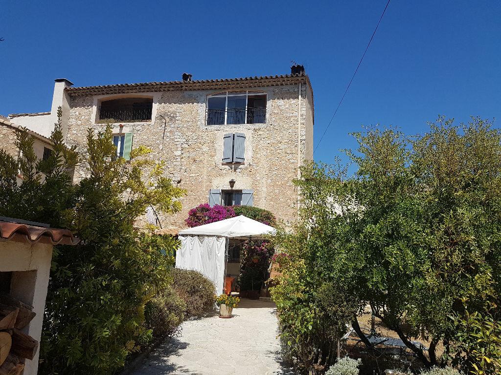 Achat Maison 4 pièces à La Roquette-sur-Siagne - vignette-1