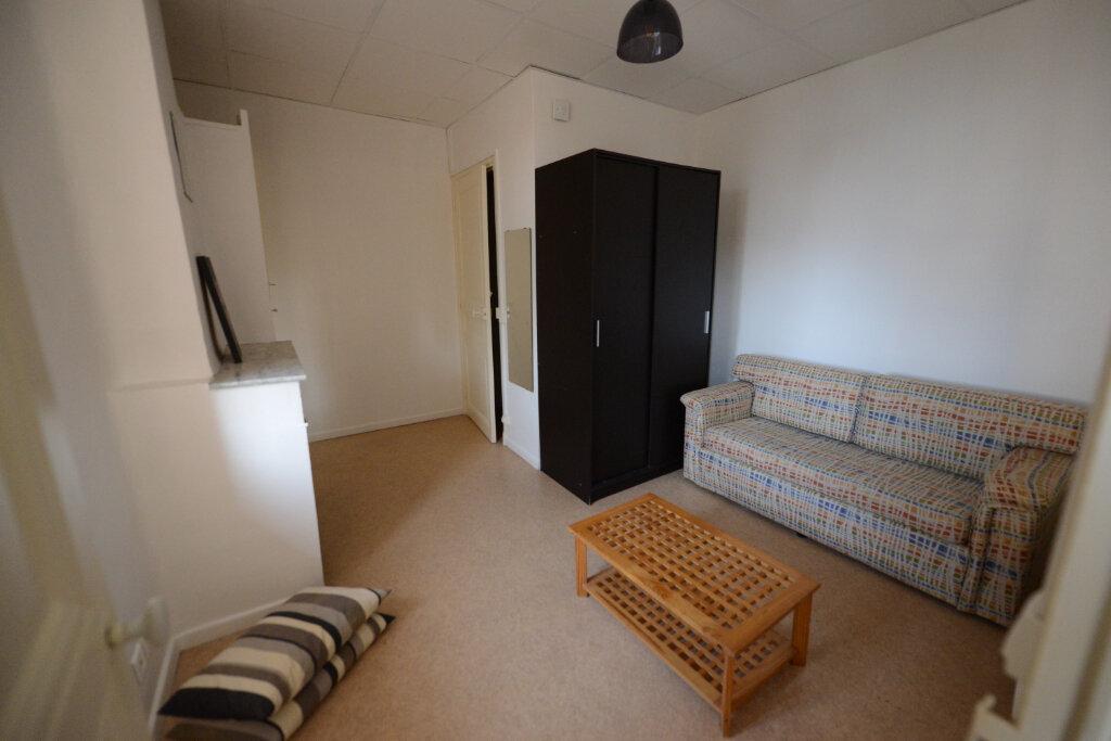 Location Appartement 1 pièce à Grasse - vignette-1