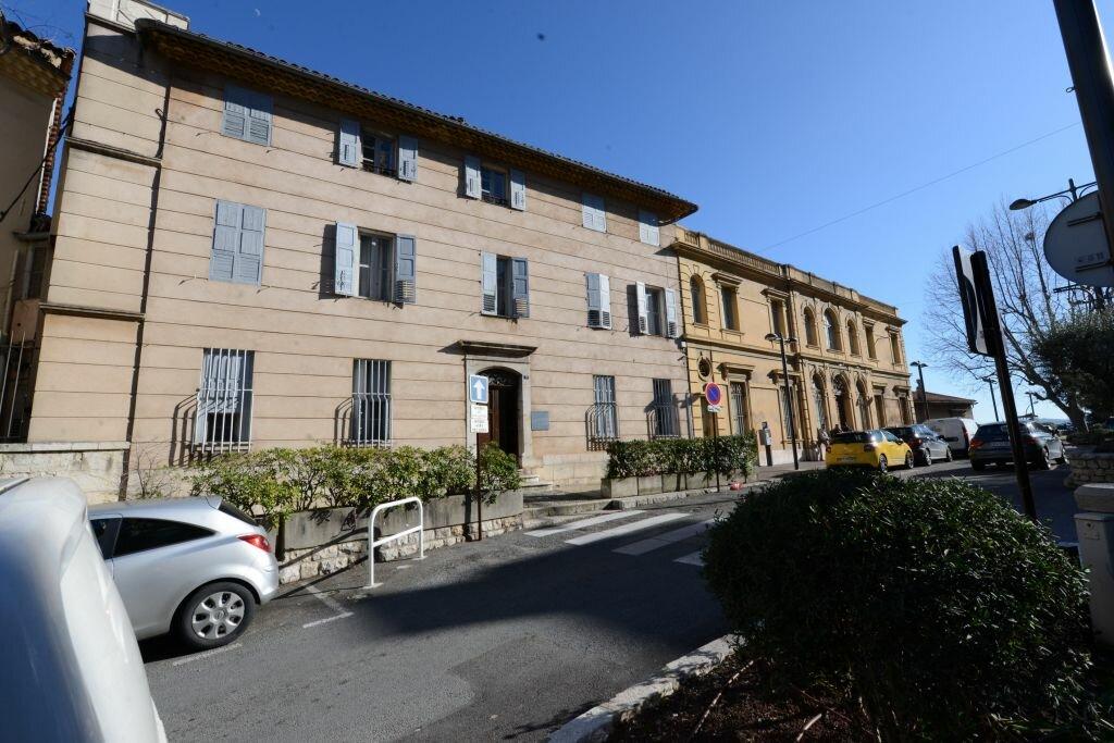Achat Appartement 5 pièces à Grasse - vignette-1