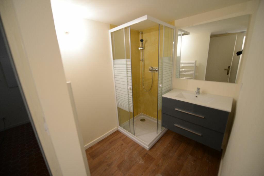 Location Appartement 2 pièces à Grasse - vignette-4