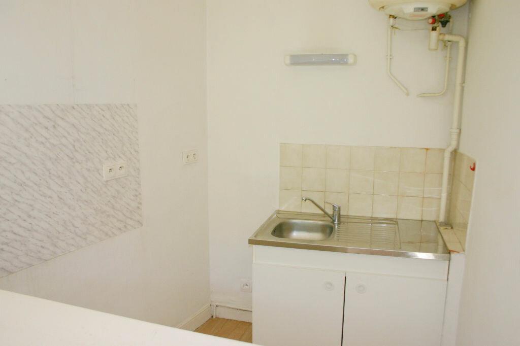 Location Appartement 1 pièce à Grasse - vignette-3