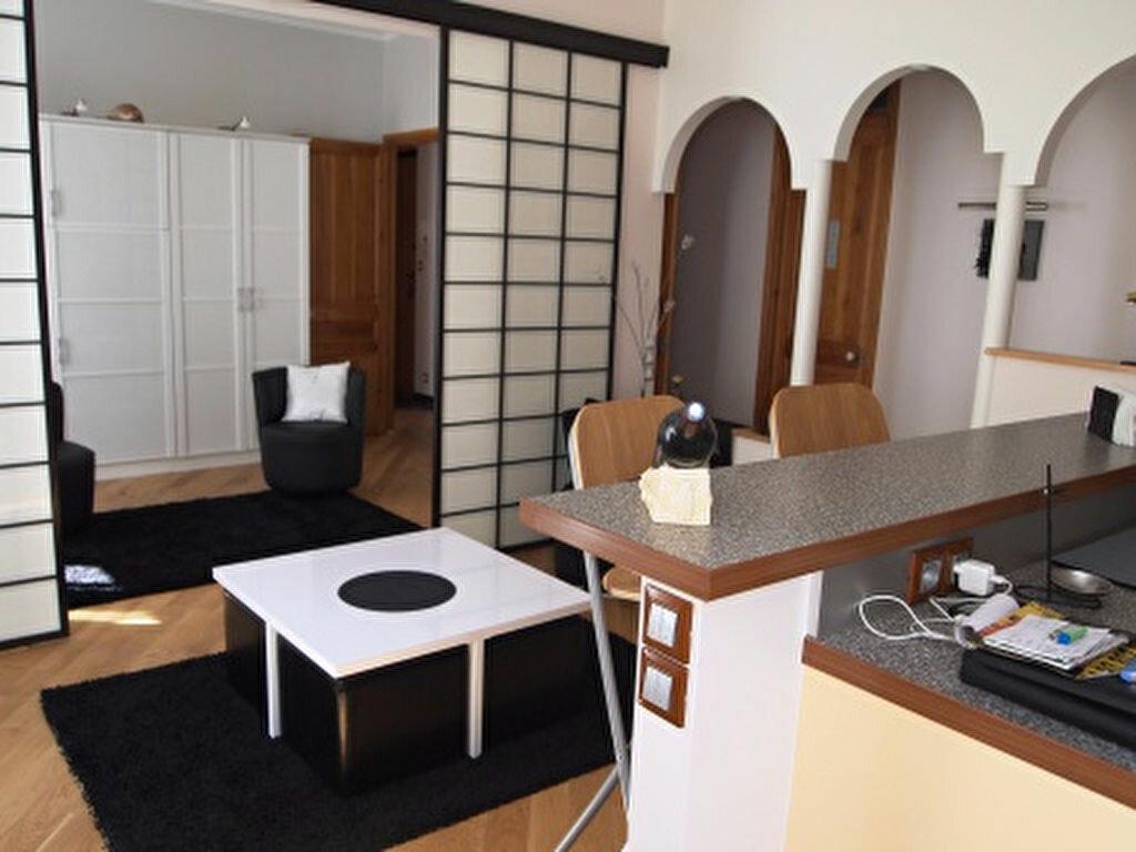 Location Appartement 3 pièces à Nice - vignette-2