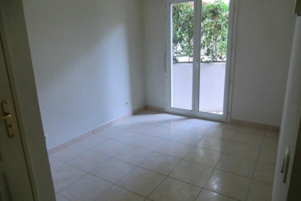 Location Appartement 3 pièces à Cagnes-sur-Mer - vignette-8
