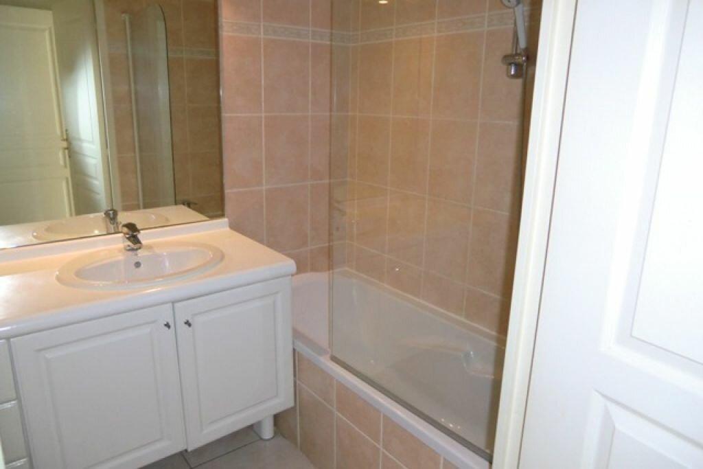 Location Appartement 3 pièces à Cagnes-sur-Mer - vignette-10