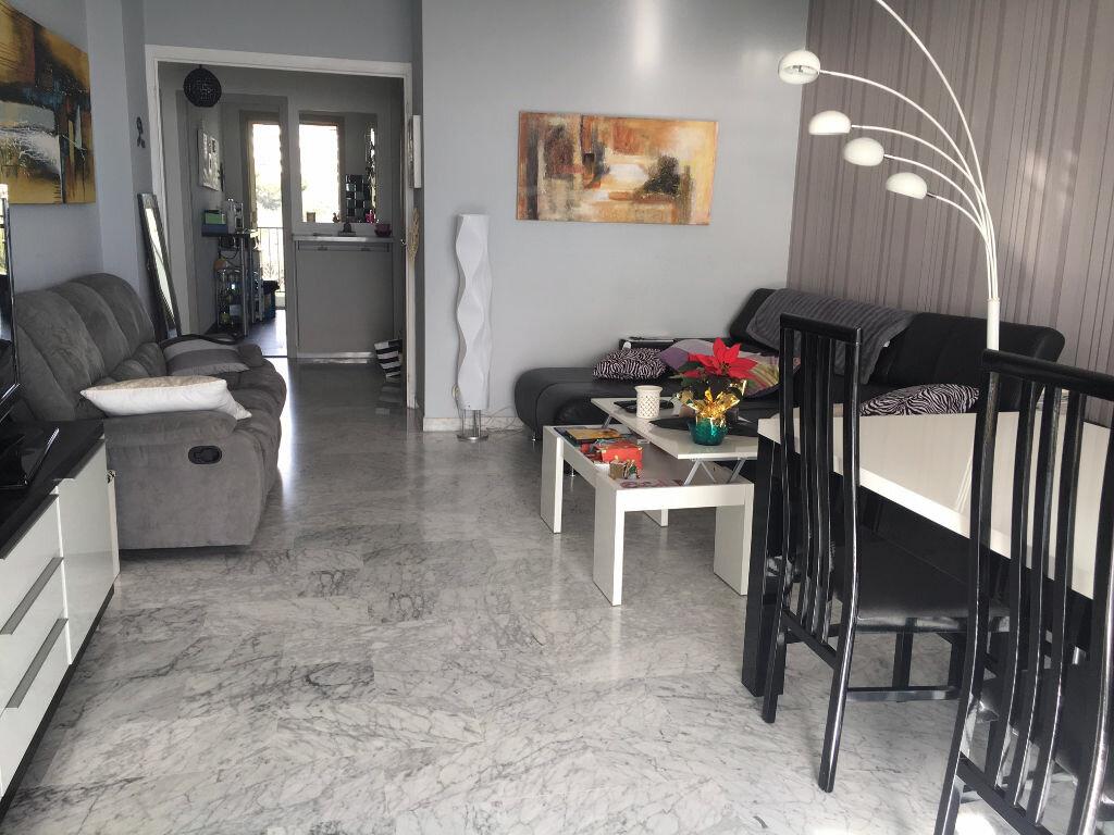 Achat Appartement 3 pièces à Cagnes-sur-Mer - vignette-3