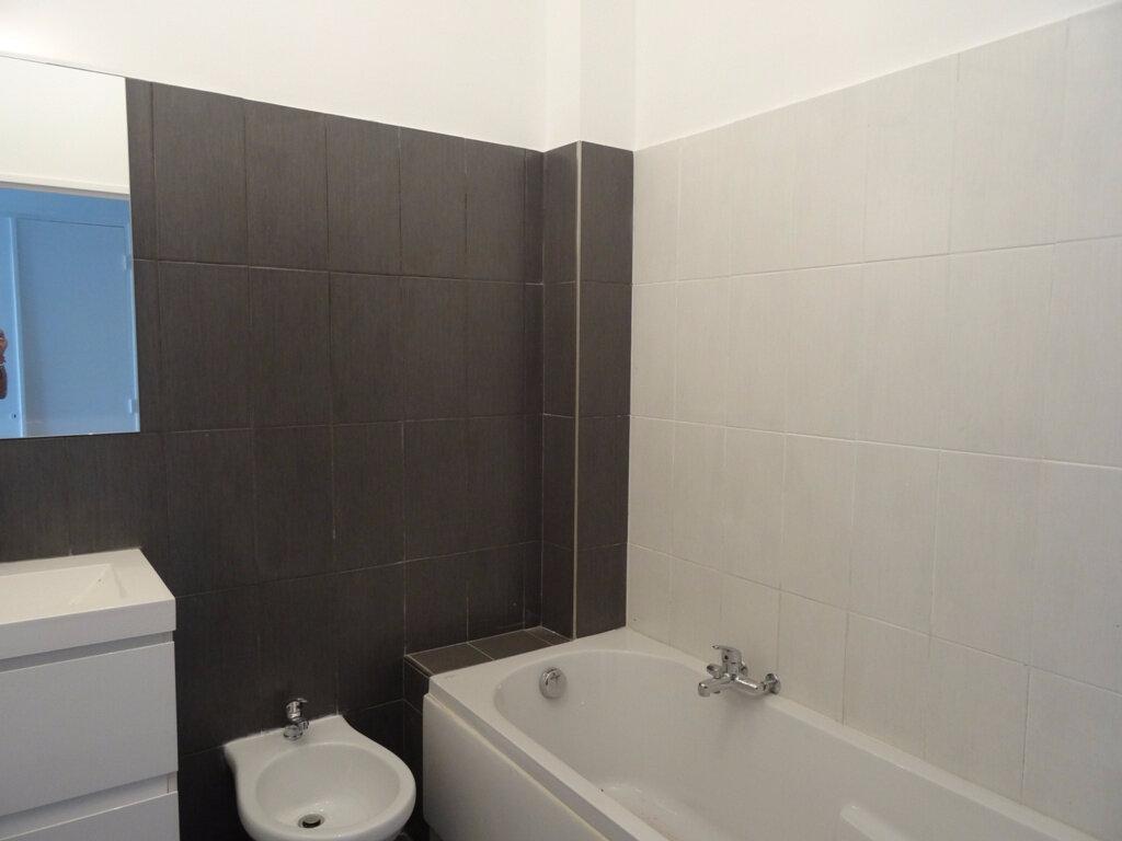 Achat Appartement 2 pièces à Vence - vignette-3