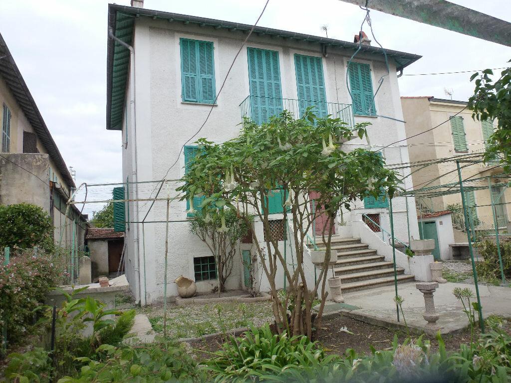 Achat Maison 7 pièces à Cagnes-sur-Mer - vignette-2