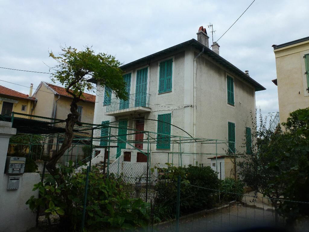 Achat Maison 7 pièces à Cagnes-sur-Mer - vignette-3
