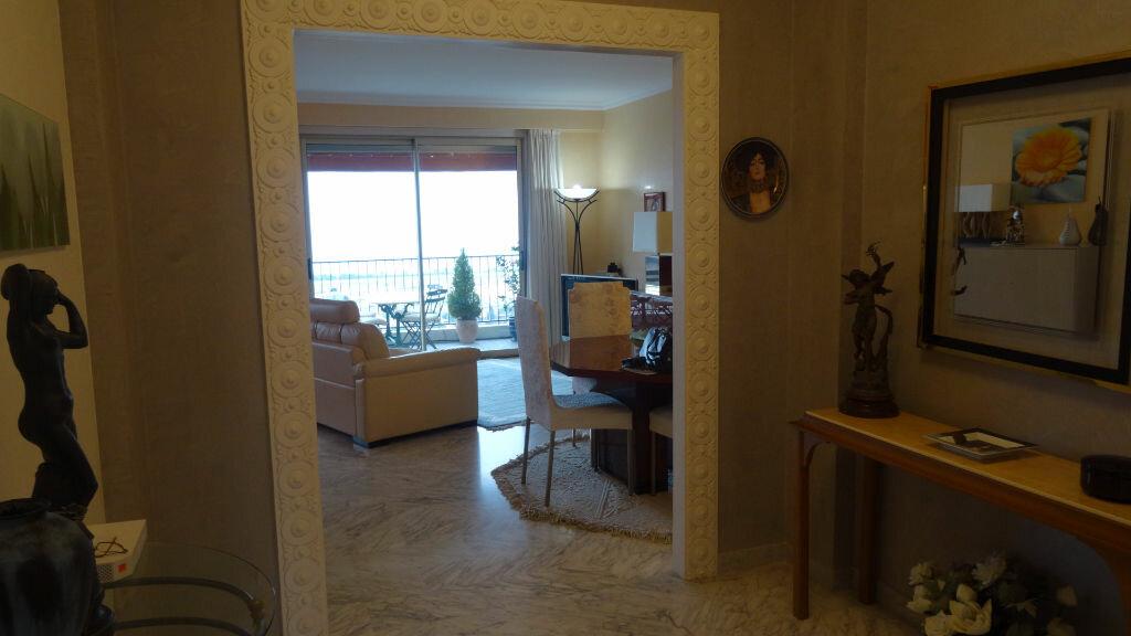 Achat Appartement 5 pièces à Cagnes-sur-Mer - vignette-6