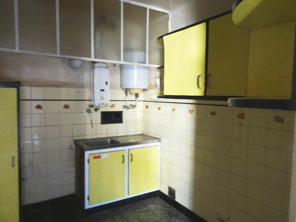 Achat Appartement 4 pièces à Cagnes-sur-Mer - vignette-3
