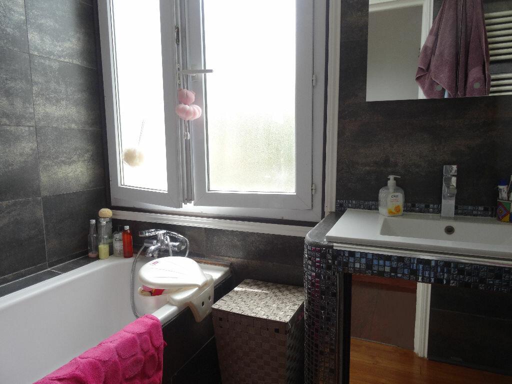 Achat Appartement 2 pièces à Saint-Laurent-du-Var - vignette-4