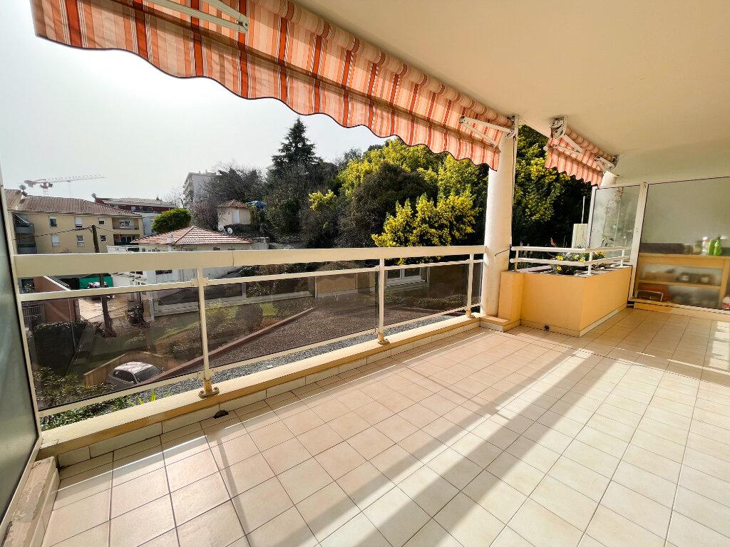 Location Appartement 2 pièces à Cagnes-sur-Mer - vignette-1