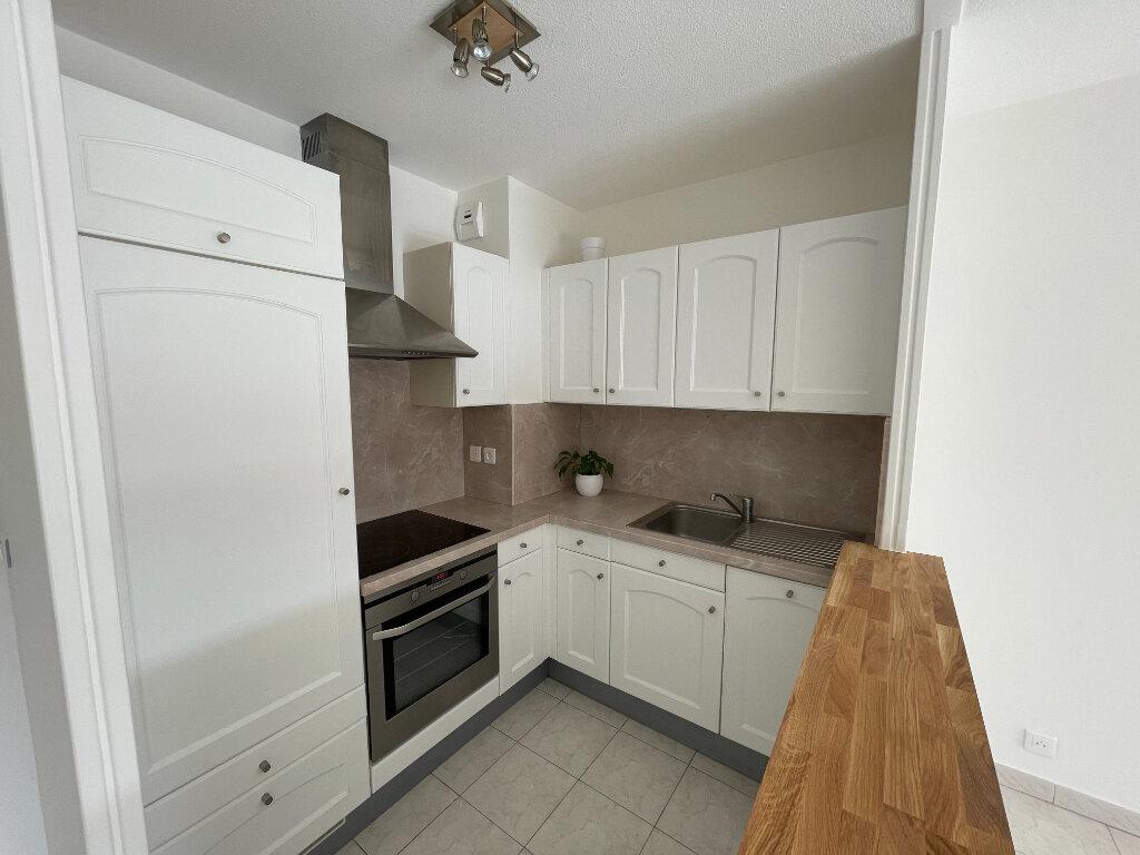 Location Appartement 2 pièces à Cagnes-sur-Mer - vignette-5
