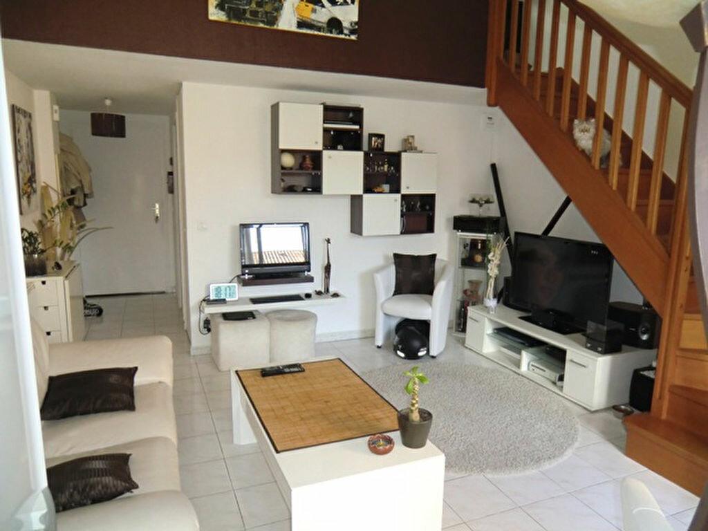 Achat Appartement 2 pièces à Villeneuve-Loubet - vignette-2