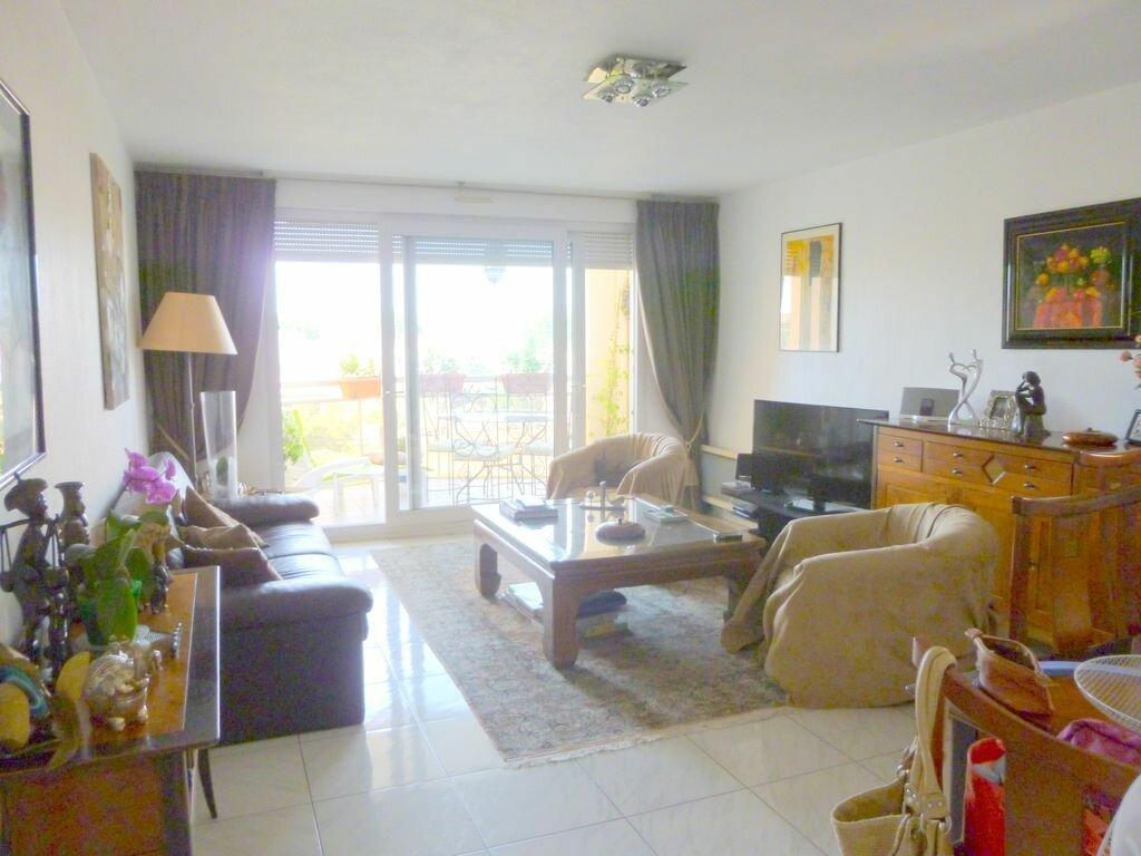 Location Appartement 3 pièces à Fréjus - vignette-1