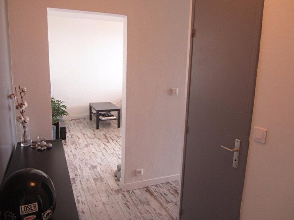 Achat Appartement 2 pièces à Saint-Raphaël - vignette-10