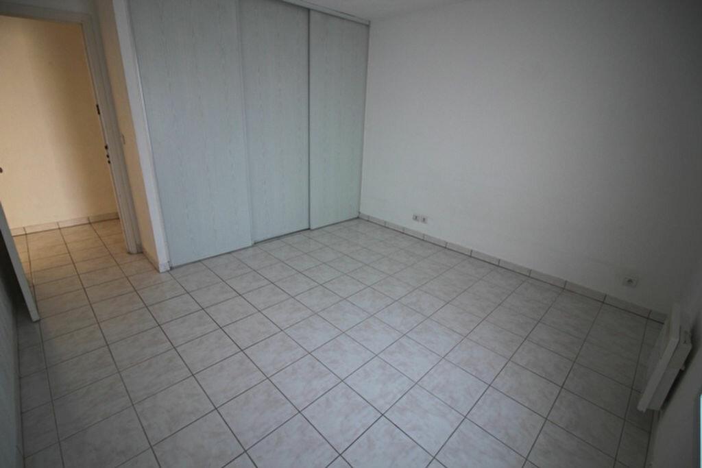 Achat Appartement 3 pièces à Fréjus - vignette-8
