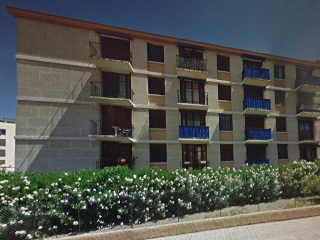 Location Appartement 3 pièces à Saint-Raphaël - vignette-1