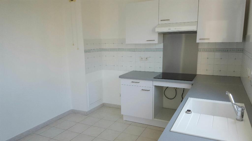 Location Appartement 3 pièces à Fréjus - vignette-5