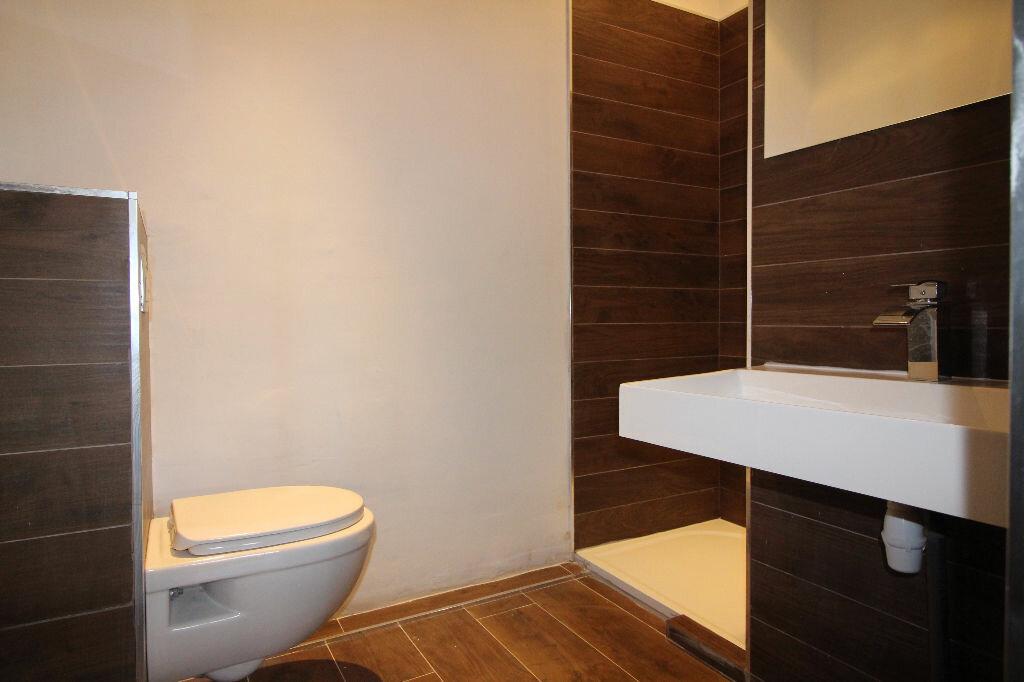 Achat Appartement 5 pièces à Saint-Raphaël - vignette-9