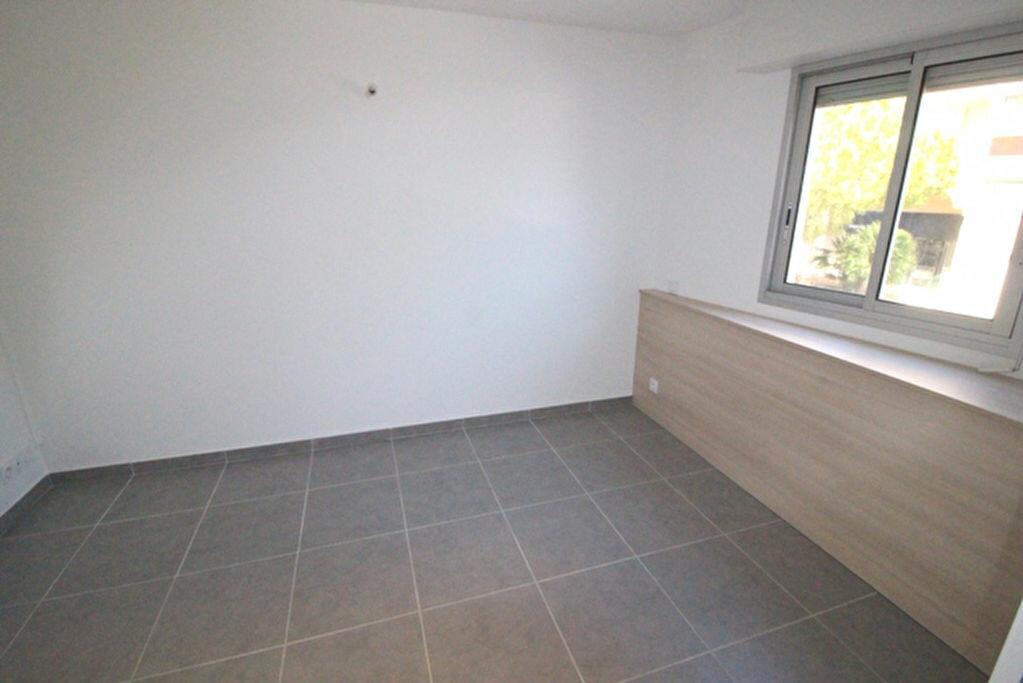 Achat Appartement 3 pièces à Fréjus - vignette-9