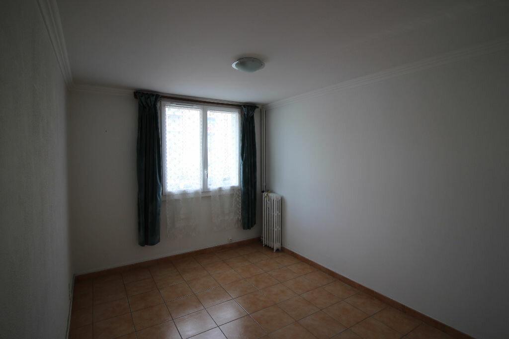 Achat Appartement 5 pièces à Fréjus - vignette-3