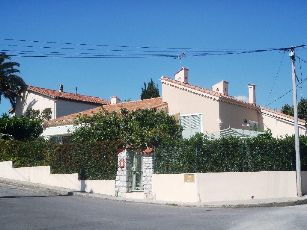 Achat Maison 4 pièces à Cagnes-sur-Mer - vignette-4