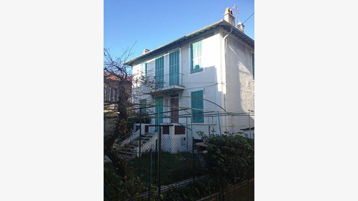 Achat Maison 7 pièces à Cagnes-sur-Mer - vignette-1